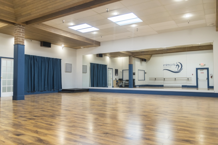 Studio at Shoreline Dance Academy in Powell River BC